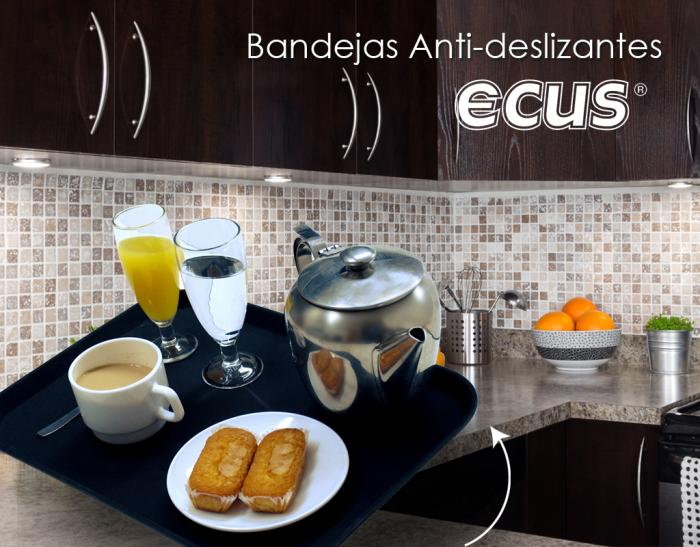 SET BANDEJAS ANTIDESLIZANTES